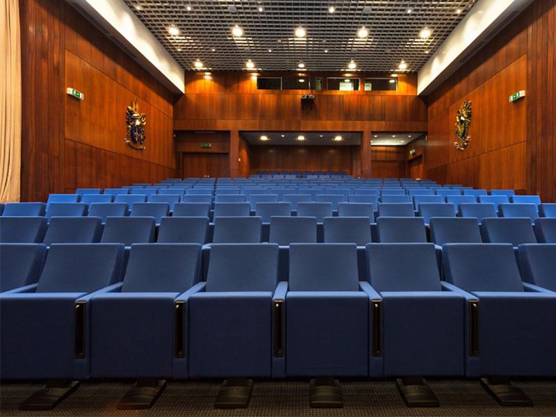 auditorium-of-the-practice-school.jpg
