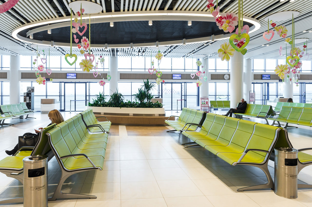 benches-in-the-waiting-areas-and-high-traffic-spaces.jpg