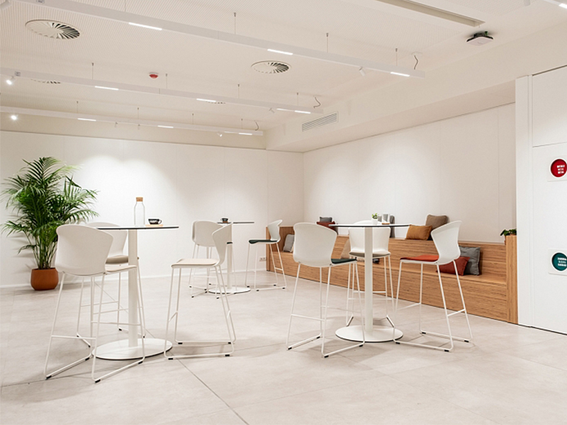 wellbeing-of-its-employees-ofimueble-us.jpg